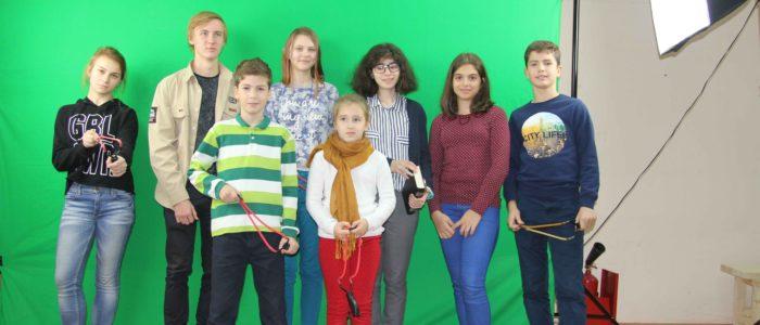 молодые участники рогаточного турнира