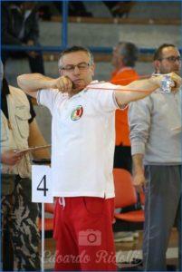 Подготовка к чемпионату по стрельбе из рогатки в Италии