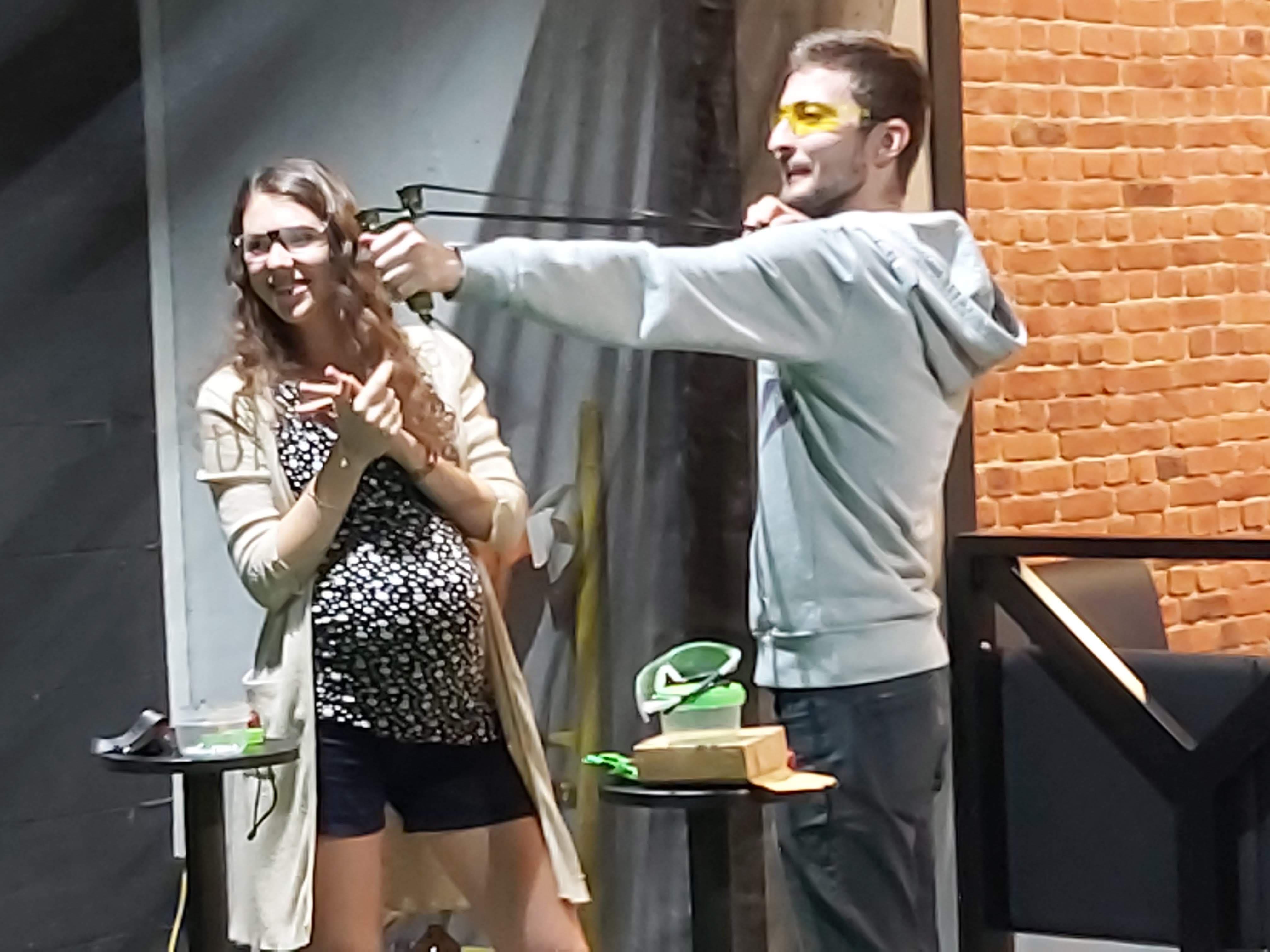 Посетители стрелковом клубе